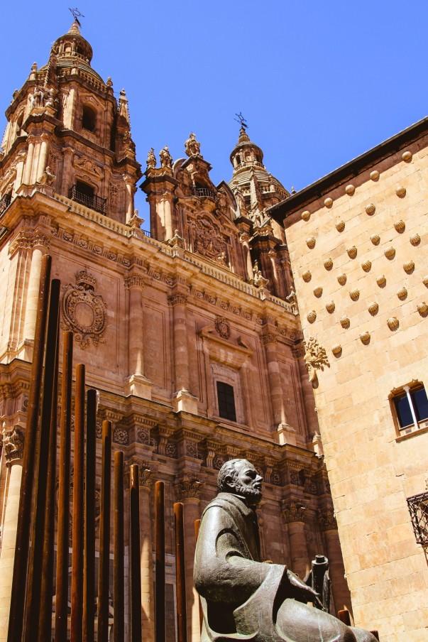 6a–pontifical_house_shells_sculpture_statue_salinas-1402283